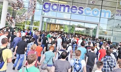GamesCom 2019 – FIFA 20 en PES 2020
