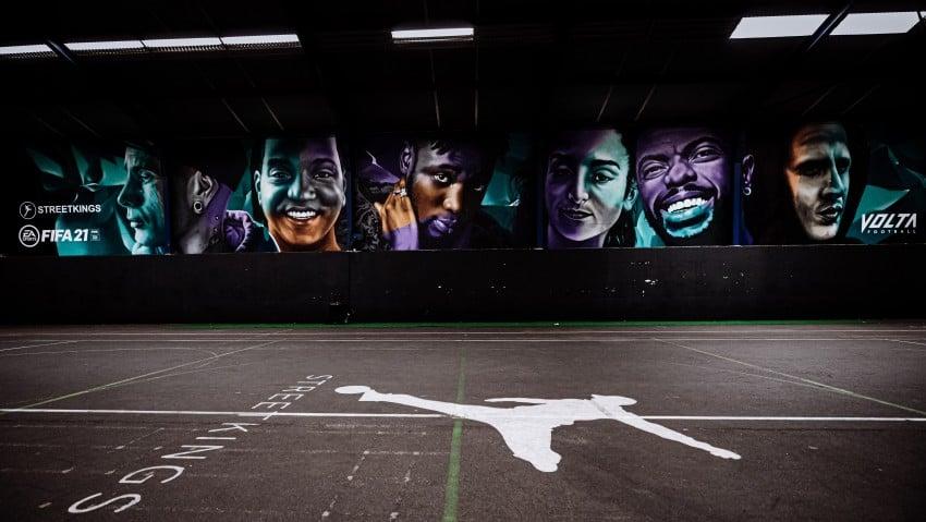 EA SPORTS FIFA 21 toont volta football-muurschildering